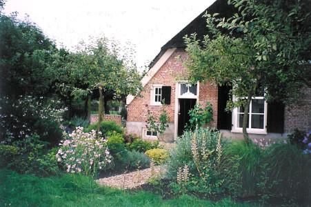 de buitenkamer tuinontwerp boerderijtuin Beuningen