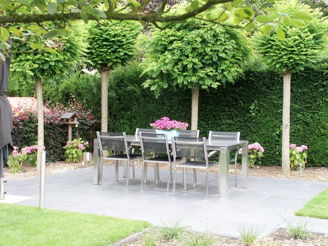 de Buitenkamer tuinontwerp, Grave, roze tuin in Millingen 4