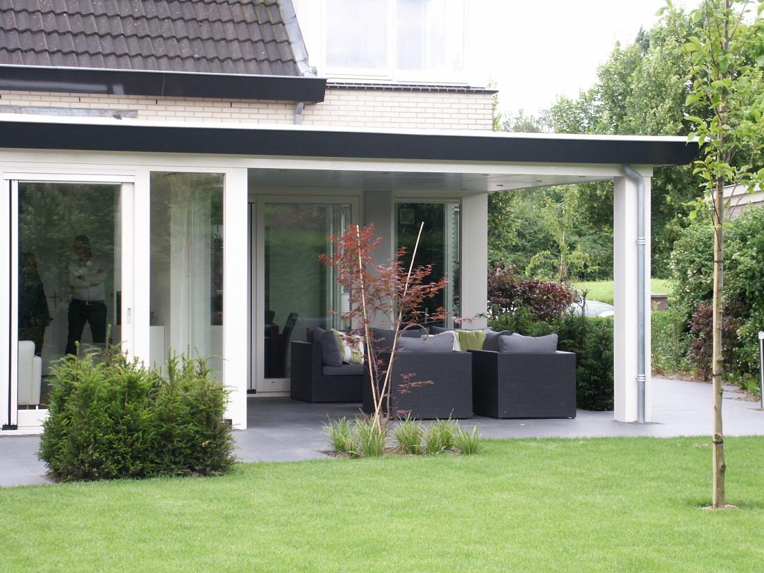 de Buitenkamer tuinontwerp, Grave, roze tuin in Millingen 3