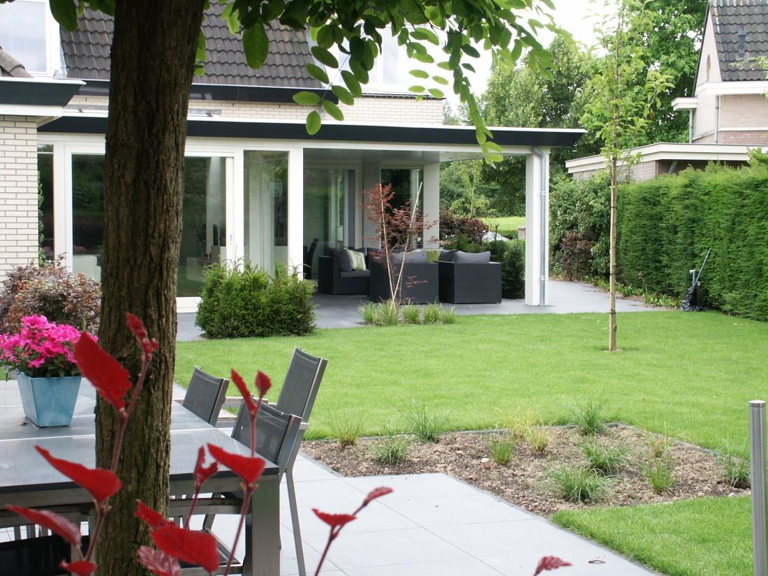 de Buitenkamer tuinontwerp, Grave, roze tuin in Millingen 2